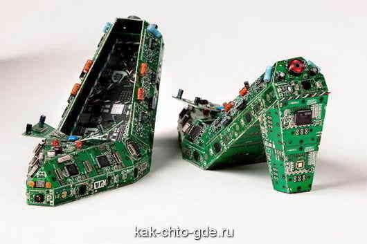 Ukrasheniya-iz-staryh-kompyuternyh-detalyei