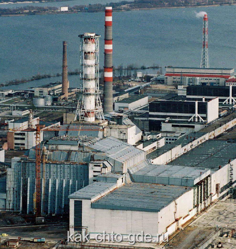 саркофаг над четвертым реактором ЧАЭС