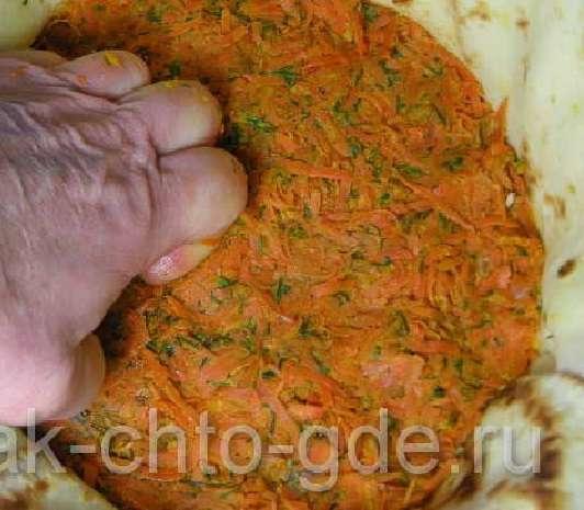 многослойный блинный пирог