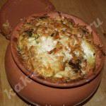 """""""Картошка с мясом, с грибами в горшке,курица с картошкой, с сыром в горшке"""" готова."""