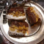 Сникерс с карамелью и шоколадным кремом фото